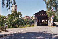 De oude houten brug te Eriskirch.