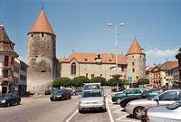 Het goed onderhouden 'Schloss Yverdon' gebouwd in 1260.