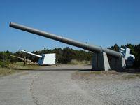 Bunkermuseum Hanstholm met zijn indrukkend 38cm scheepsgeschut.